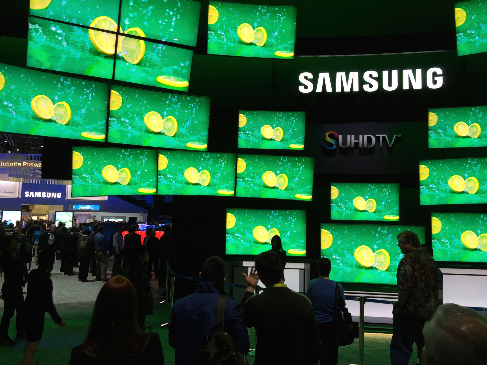 CES 2015 Samsung TV Display